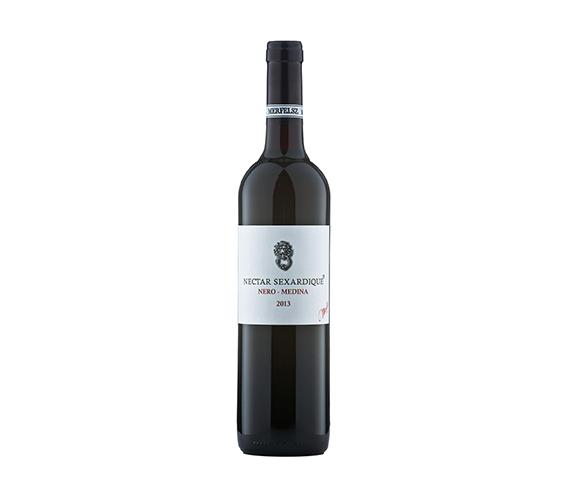 Merfelsz Pince Nero-Medina 2013 száraz vörösbor
